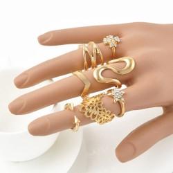 Set of 7 Golden Midi-Rings