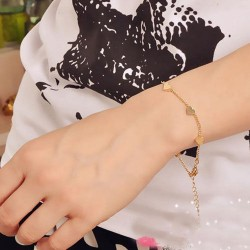 Golden Hearts Bracelet